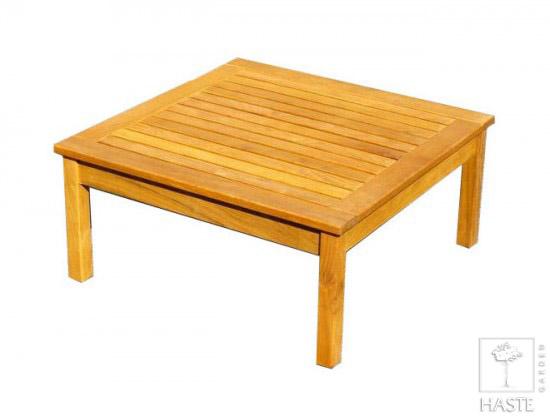 Drewniany stolik do ogrodu